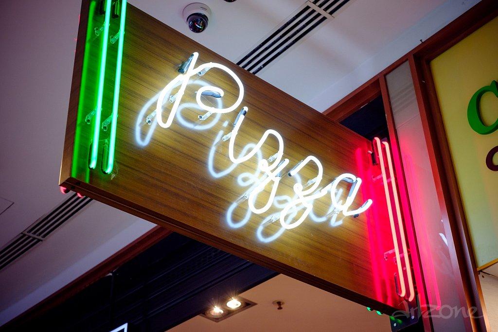 tabela-neon-noen-sign.jpg