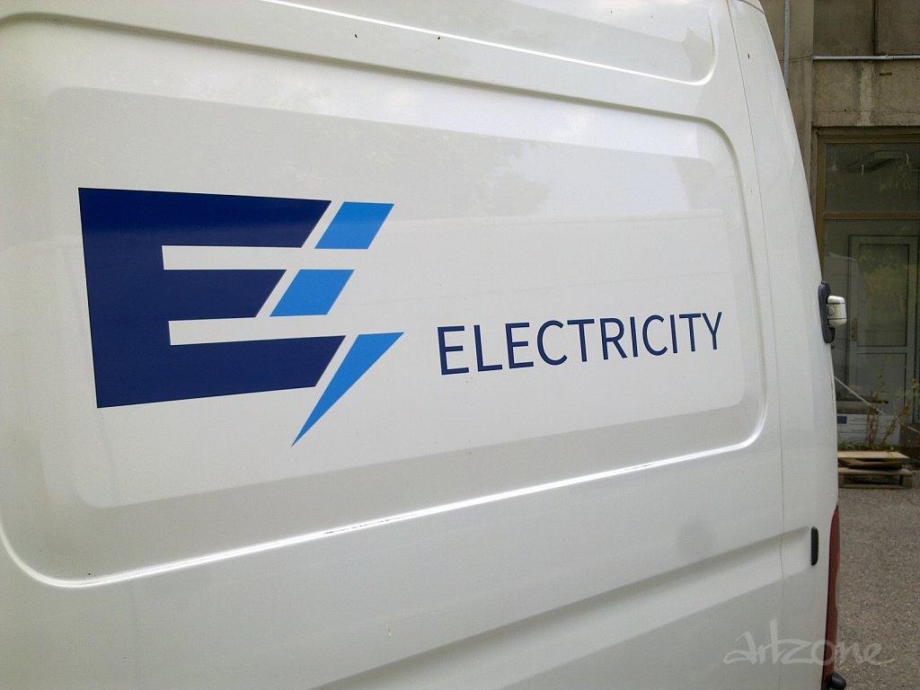 Брандиране на фирмен бус Electricity