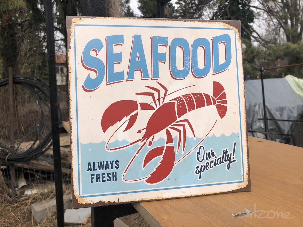Sea Food  табела за ресторат на морето